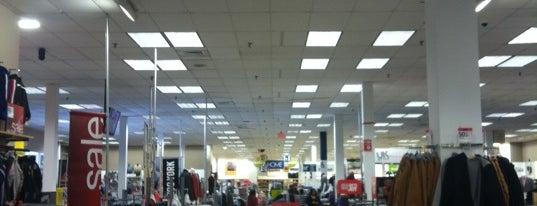 Sears is one of Orte, die Dawn gefallen.
