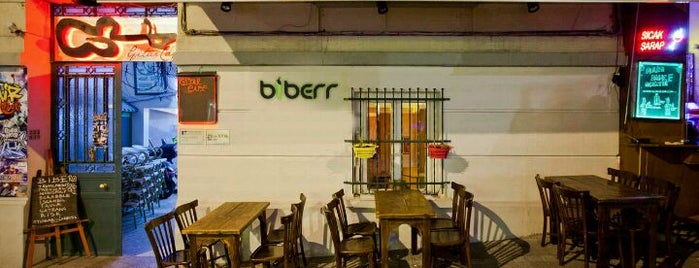 Biberr Cafe is one of Atakanさんのお気に入りスポット.