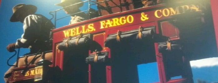 Wells Fargo EFS is one of Lieux qui ont plu à Ileana.