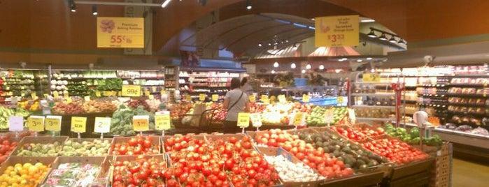 Metro Market is one of Meg : понравившиеся места.