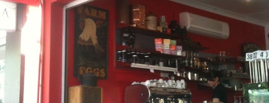 Red Dog Cafe is one of Lugares favoritos de Andreas.