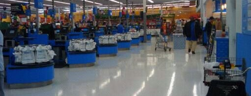Walmart Supercenter is one of Lugares favoritos de SooFab.