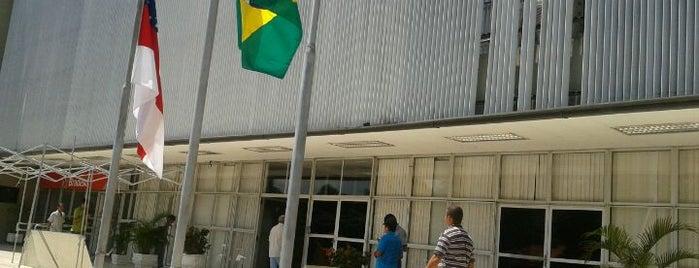 SEFAZ - Secretaria de Estado da Fazenda is one of Locais curtidos por Reinier.