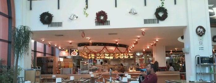 Barny's is one of Tempat yang Disukai Agustin.