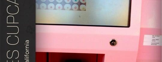Sprinkles Cupcakes ATM is one of J Monique 님이 좋아한 장소.