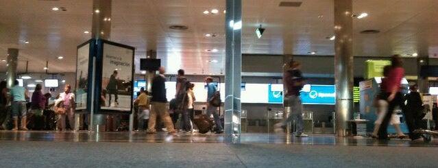 Aeropuerto de Santiago de Compostela is one of Airports in SPAIN.