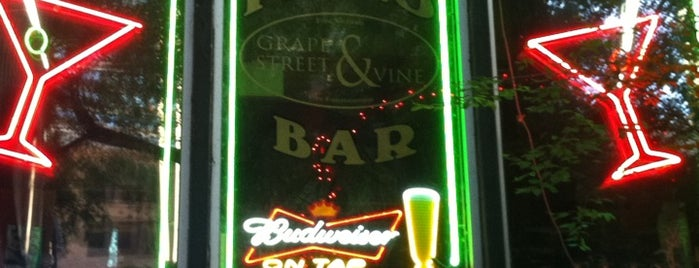 Grape Street Piano Bar is one of Co Dance Chicago Trip.
