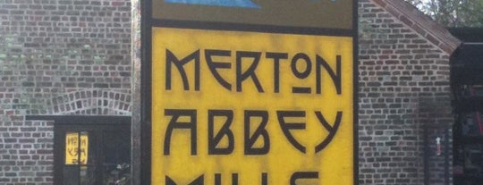 Merton Abbey Mills is one of Locais curtidos por Sarah.