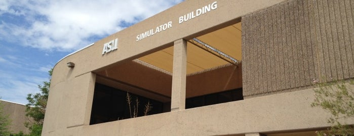 Simulator Building is one of Polytechnic Points of Pride.