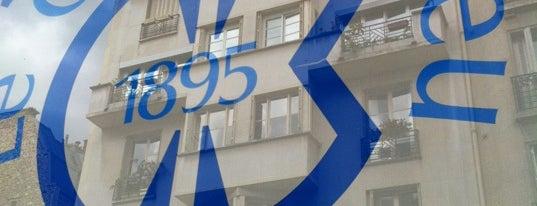 Le Cordon Bleu is one of Paris.
