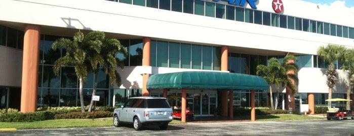 Sheltair Aviation is one of Tempat yang Disukai Thaís.