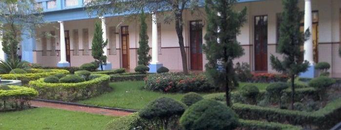 Colégio Marista is one of Orte, die Ugo gefallen.