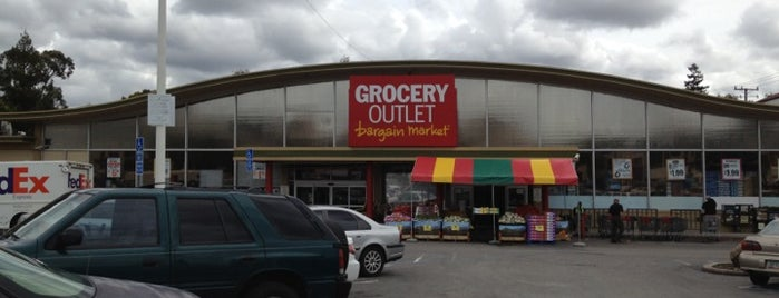 Grocery Outlet Bargain Market is one of Tempat yang Disimpan Robert.