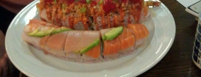 Okonomi Sushi is one of Locais salvos de Paulina.