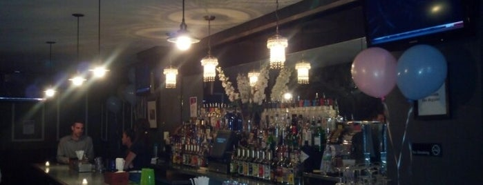 Tammany Hall Tavern is one of Must go Bars, Lounges, and Clubs.
