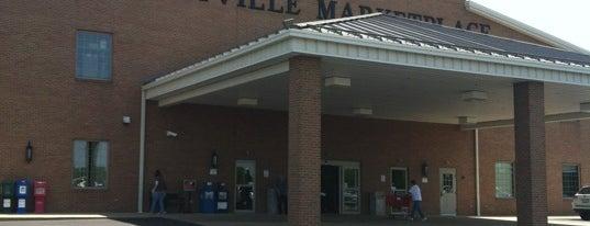Hartville Marketplace & Flea Market is one of Phillip's Liked Places.