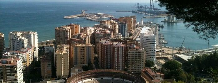 Hotel Parador de Málaga Gibralfaro is one of สถานที่ที่ Miguel ถูกใจ.