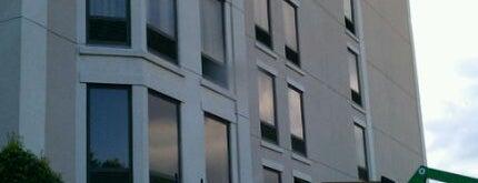 Hampton Nahsville-vanderbilt Elliston Place is one of Hotels.