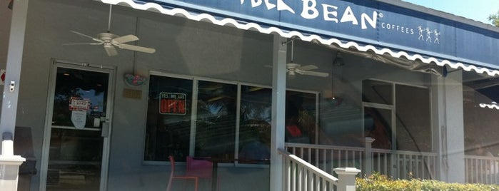 The Sanibel Bean is one of Tempat yang Disukai Fen.
