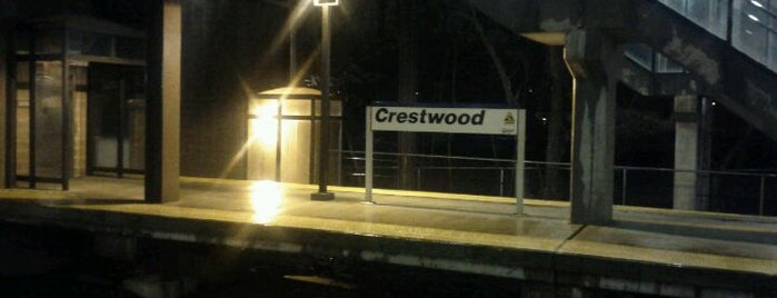 Metro North - Crestwood Train Station is one of Harlem Line (Metro-North).