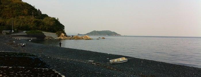 黒ヶ浜 is one of 日本の渚百選.