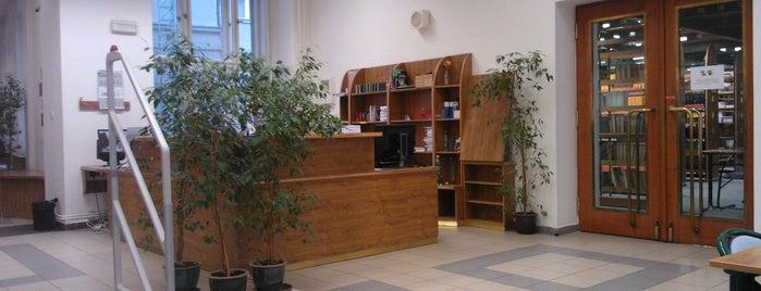 Knihovna Právnické fakulty UK is one of Books everywhere I..