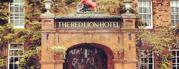 The Red Lion Hotel is one of Lieux qui ont plu à Paul.