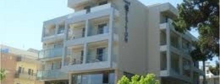 Triton Hotel is one of Lugares guardados de HSN.