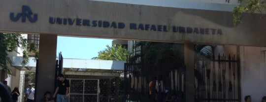 Universidad Rafael Urdaneta is one of Orte, die Esteban gefallen.