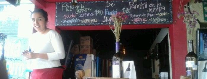 .DE PANNiNI STORE is one of Y si quiero Pizza?.