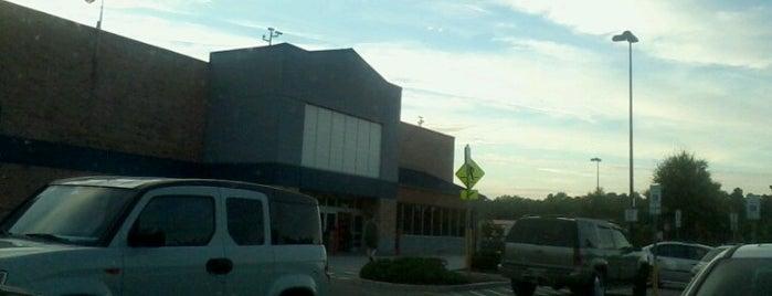 Walmart Supercenter is one of Lieux sauvegardés par Jimmy.