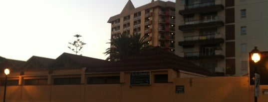 Hotel Las Piramides is one of Orte, die Tati Pole gefallen.