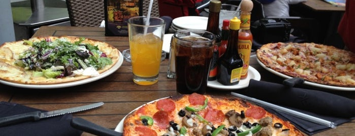 California Pizza Kitchen is one of Barriga llena, Corazon contento. Mexico City.