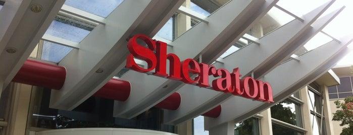 Sheraton Offenbach Hotel is one of Tempat yang Disukai Hyunjoo.