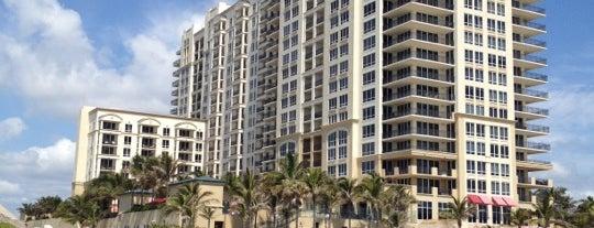 Palm Beach Marriott Singer Island Beach Resort & Spa is one of Gloria'nın Beğendiği Mekanlar.