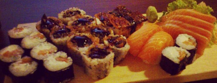 Take Away Sushi is one of Pra comer!.