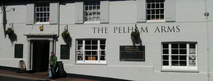 Pelham Arms is one of Orte, die Ralph gefallen.