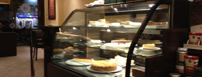 Café Martínez is one of สถานที่ที่ M. Ezequiel ถูกใจ.