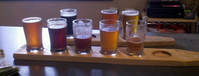 Paw Paw Brewing Company is one of Michigan Breweries.