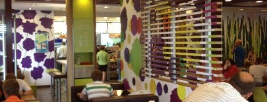 McDonald's is one of Posti che sono piaciuti a Artyom.