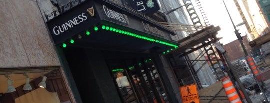 Le Vieux Dublin Pub & Restaurant is one of Montreal.