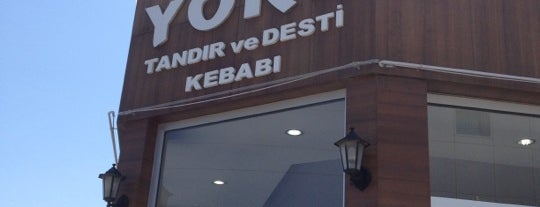 Yöre Tandır ve Desti Kebabı is one of Restaurantlar.