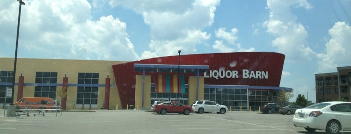 Liquor Barn is one of Lieux qui ont plu à Gregg.