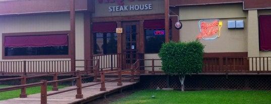 Vaquero Steak House is one of Tempat yang Disukai Alejandro.