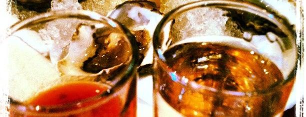 Absinthe Brasserie & Bar is one of SF's rarefied boozatoriums.