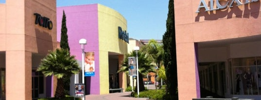 Premium Outlets Punta Norte is one of Centros Comerciales DF.