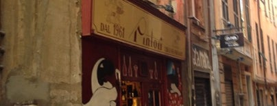 Enoteca Pintori is one of √ Best WineBar in Genova.