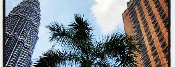 Mandarin Oriental, Kuala Lumpur is one of สถานที่ที่ Christine ถูกใจ.