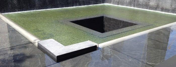Memorial e Museu Nacional do 11 de Setembro is one of New York City.