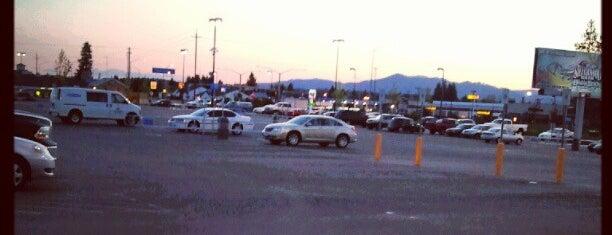 Walmart Supercenter is one of Orte, die Rachel gefallen.